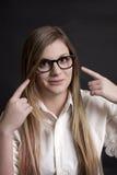 Ładna Dziewczyna TARGET1113_0_ przy Nowy Szkieł ja TARGET1116_0_ obraz stock