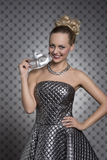 Ładna dziewczyna z srebro maską Obraz Royalty Free