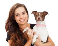 Ładna i Szczęśliwa dziewczyna Z chihuahua psem zdjęcie royalty free