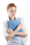 Ładna kobieta trzyma falcówkę Obrazy Royalty Free