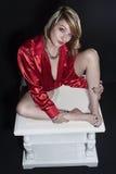 Ładna młoda kobieta w czerwonej koszula Obraz Royalty Free