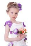 Ładna mała dziewczynka z bukietem Zdjęcia Stock