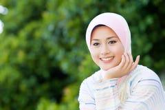 Ładna muzułmańska dziewczyna Zdjęcia Royalty Free