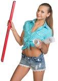 Ładne kobiety mienia papieru ślimacznicy i czerwień Obrazy Royalty Free