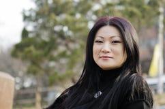 Ładne młode azjatykcie kobiety na koreańczyka moscie. Fotografia Stock