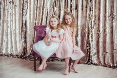 Ładne małe dziewczynki Zdjęcia Royalty Free