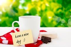 Ładnego dzień z uśmiechem i coffe Zdjęcie Stock