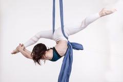 Ładni dziewczyny i sportów ćwiczenia zdjęcie royalty free