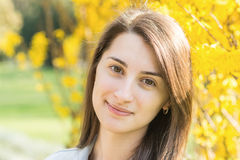 Ładny brunetki dziewczyny portret Obrazy Royalty Free