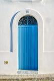 Ładny włoski drzwi bielu dom Zdjęcie Stock