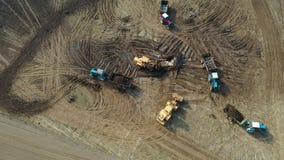 Ładowacza wiadro Stawia użyźniacz przyczepa ciÄ…gnik WewnÄ…trz Obchodzić siÄ™ Rolniczego pole zdjęcie wideo