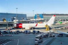 Ładowniczy samolotowy Kopenhaga lotniska bagaż Obraz Stock