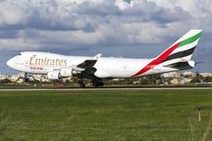 Ładunku jumbo jet lądowanie Obrazy Royalty Free