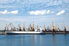 ładunku portu statek Zdjęcia Stock