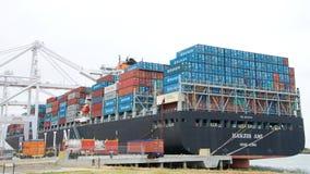 Ładunku statku HANJIN AMI ładowanie przy portem Oakland Obraz Stock