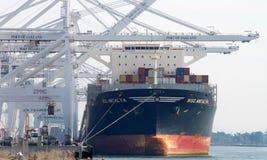 Ładunku statku MSC ANTALYA ładowanie przy portem Oakland Obrazy Stock