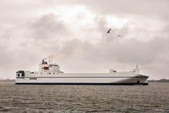 Ładunku statku Ro w morzu bałtyckim Obrazy Royalty Free