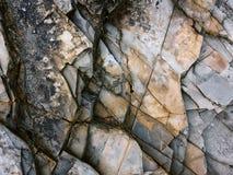 Łamać rockowe warstwy jako tło zdjęcia royalty free