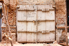 Łamana brama stary rujnujący dom w chandini chowk Zdjęcia Stock