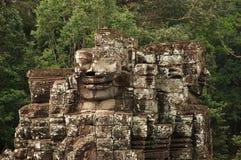 Łamane twarze, Bayon świątynia, Angkor Wat, Kambodża obraz royalty free