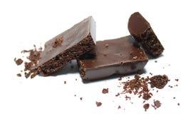 Łamany czekoladowy bar na białym tle Obraz Royalty Free