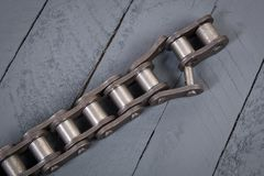 Łamany napędowy rolownika łańcuch Części zniszczony przemysłowy łańcuch Obraz Royalty Free