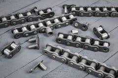 Łamany napędowy rolownika łańcuch Części zniszczony przemysłowy łańcuch Fotografia Stock