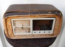 Łamany stary drewniany radio zdjęcia stock