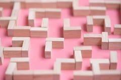 Łamigłówka labiryntu drewniany blok zdjęcie stock
