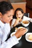 łasowanie śniadaniowa rodzina Zdjęcie Royalty Free