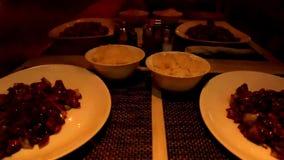 Łasowanie obiadowego czasu chiński karmowy upływ zbiory wideo