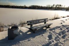 ławka objęta parku śniegu zimy sceny śnieg Zdjęcie Royalty Free