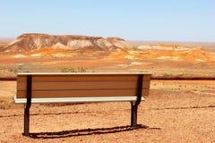 Ławka przy punktem obserwacyjnym w Breakaways, Południowy Australia Fotografia Stock