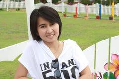 ławka target72_1_ tajlandzkiej kobiety Fotografia Stock
