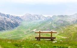 Ławka w górach Fotografia Stock