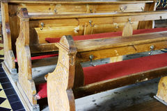 Ławki w starym kościół Fotografia Royalty Free