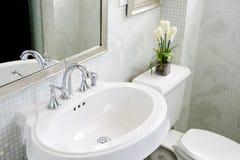 łazienka nowożytna Obrazy Royalty Free