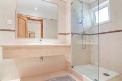 Łazienka w hotelu. obraz stock