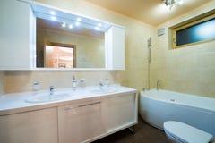 łazienki pucharu wnętrza ręcznik Zdjęcie Stock