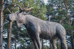 Łoś amerykański zwierzęca rzeźba obraz stock