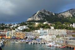łodzi capri połowu wyspy brzeg Obrazy Royalty Free