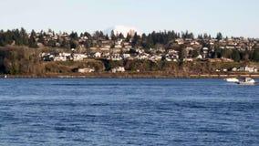 Łodzi góra dżdżysta blisko Tacoma strony puget dźwięk zbiory