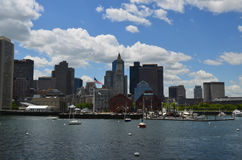 Łodzie Cumować w Boston schronieniu na letnim dniu Zdjęcia Royalty Free