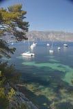Łodzie dokować blisko Patoma plaży, blisko Villefranche sura Mer, Francuski Riviera, Francja Obraz Royalty Free