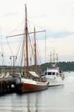Łodzie i jachty w Oslo schronieniu zdjęcia royalty free