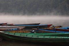 łodzie mgłowe Zdjęcie Royalty Free
