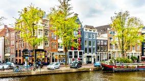 Łodzie na Prinsengracht w starym centrum Amsterdam holandie zdjęcie royalty free