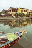 Łodzie na rzece w Hoi zdjęcia royalty free