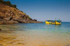 Łodzie na wybrzeżu Goa Zdjęcia Royalty Free