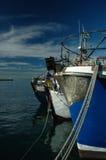 łodzie poławiające kalka podpalane zdjęcie royalty free